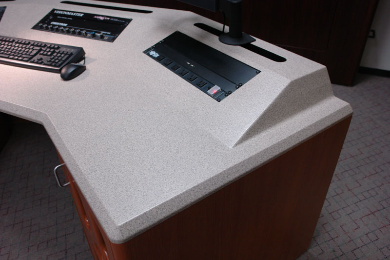 Continuous Turret Worksurface